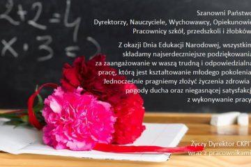 plakat z życzeniami na dzień nauczyciela w tle kwiaty